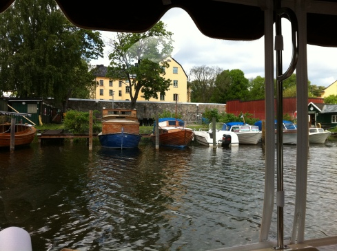 träbåtar i långholmskanalen och vid reimersholme